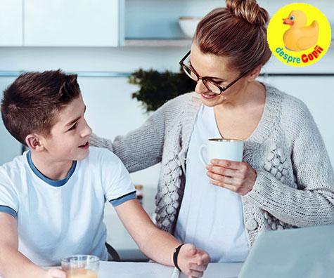 Cum discuti cu copilul despre scoala: 23 de intrebari care va pot inspira