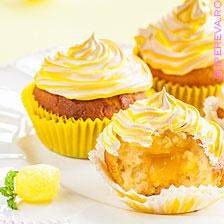 Cupcakes cu meringue si crema de lamaie