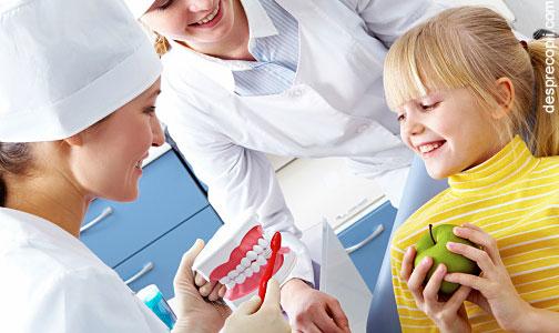 3 moduri prin care copiii scapa de frica de medicul dentist