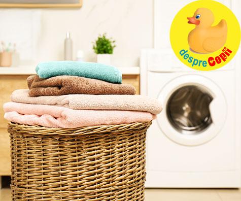 Cum spalam hainele pentru a fi siguri ca distrugem bacteriile si virusurile?