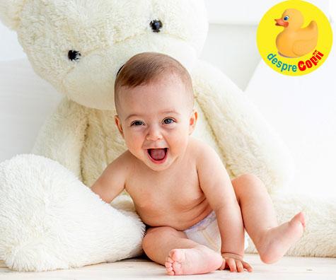 Ce stie sa faca bebelusul la 6 LUNI: Iata cat doarme si cum se dezvolta emotional