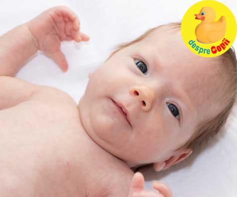 Dezvoltarea motricitatii fine a bebelusului incepe inca din prima luna - semnale si stimulare