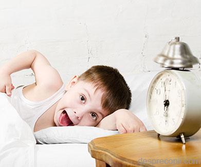 Cum sa-ti scoti copiii din casa dimineata – minighid pentru parinti disperati