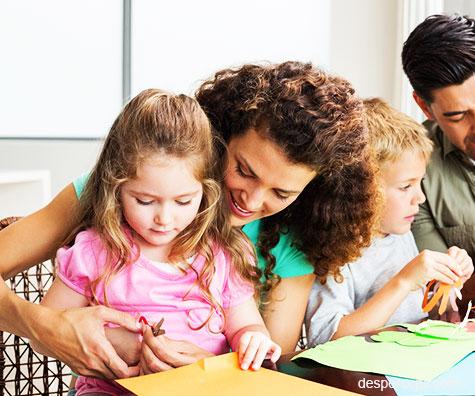 Un mod distractiv de a incepe scoala – personalizati rechizitele impreuna!