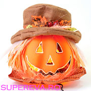 Cum decoram dovlecii de Halloween