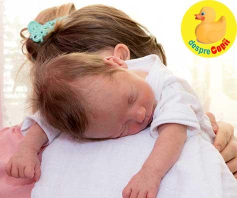 Greselile mamicilor de bebelusi: bebe nu eructeaza adica nu elimina aerul dupa ce este hranit