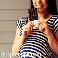 Sunt gravida: pot manca ciocolata? width=