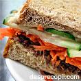 Sandwich cu morcov si hummus
