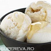 Inghetata de iaurt si miere