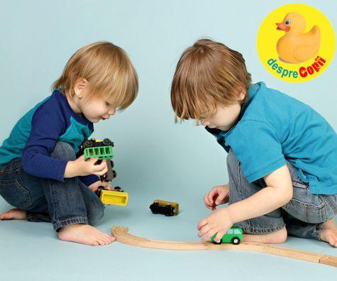 Negocierile copiilor: A schimba jucarii cu prietenii - ce crede copilul si ce invata