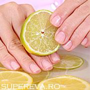 Cum scapam de unghiile galbene?