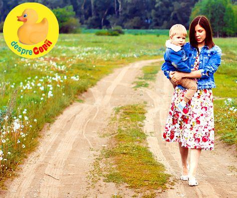 Despartita, dar nu singura. Drumul unei mamici singure incepe cu un urcus insa va veni si soarele.