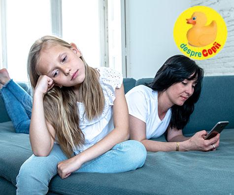 De dragul copilului, pune jos acel smartphone, iata de ce