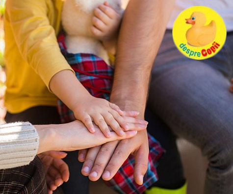 Despre parentingul pozitiv si balanta ideala intre fermitate si blandete, iata cu mami si tati pot face cea mai buna echipa