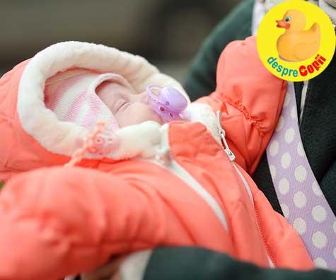 Cu bebelusul nou-nascut afara, in functie de anotimp - detalii si cum il protejam