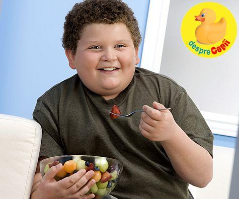 Obezitatea la varste fragede: rolul parintilor si reguli pentru a evita obezitatea copilului
