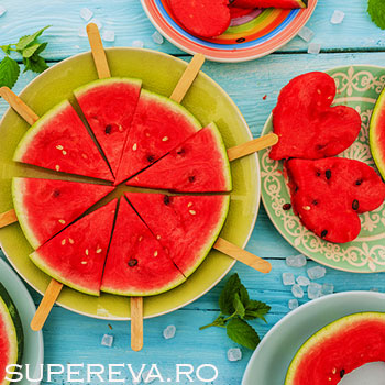 13 moduri de a servi pepenele rosu