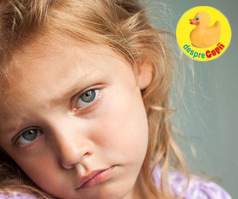 Cum prevenim și tratăm în mod natural durerile de cap ale copiilor
