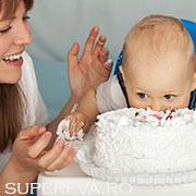 Primul tort aniversar!
