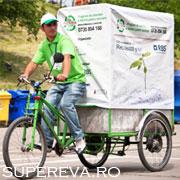 Colecteaza hartie pentru reciclare cu Cargo-biciclete