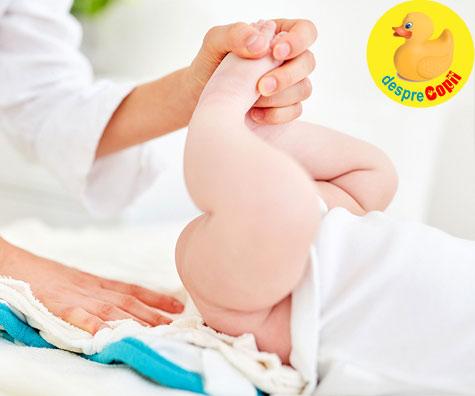 Bebelusul are scaune explozive? Iata ce trebuie sa stii