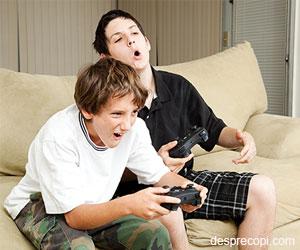 Adolescentii si jocurile video