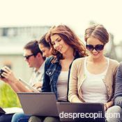 Traiesc adolescentii intr-o lume virtuala pe internet?
