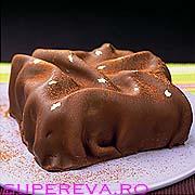 Tort impresionant de ciocolata