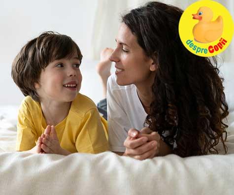 Cum discuti cu copilul despre scoala: 23 de intrebari care te pot inspira